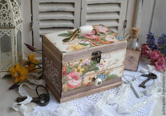 """Мини-комоды ручной работы. Ярмарка Мастеров - ручная работа. Купить """"Букеты моего сада""""  мини - комодик шкатулка. Handmade."""