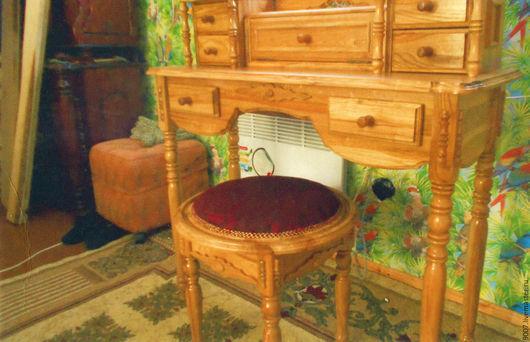 Мебель ручной работы. Ярмарка Мастеров - ручная работа. Купить дамский столик с банкеткой из массива дуба. Handmade. Коричневый, банкетка