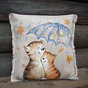 Для дома и интерьера ручной работы. Ярмарка Мастеров - ручная работа И пусть  весь мир подождет......Льняная подушечка с росписью..... Handmade.