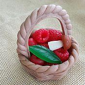 Подарки к праздникам ручной работы. Ярмарка Мастеров - ручная работа Подарок женщине Набор мыла ручной работы Корзинка с ягодами. Handmade.