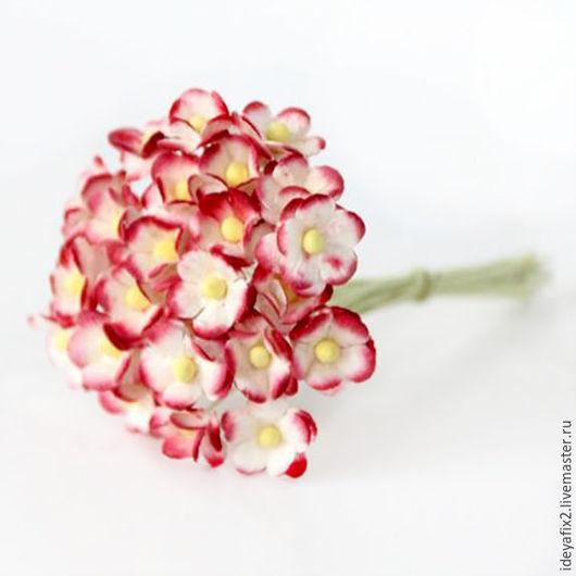 Диаметр цветка около 12 мм. Длина проволочного стебелька 7,5 см.  Цена указана за 5 шт.