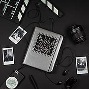 Блокноты ручной работы. Ярмарка Мастеров - ручная работа Серебряный блокнот с вышивкой на обложке. Handmade.