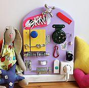Куклы и игрушки ручной работы. Ярмарка Мастеров - ручная работа Мини Бизиборд №3 (с катушкой). Handmade.