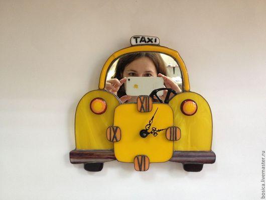 Это я в такси за водителя)))