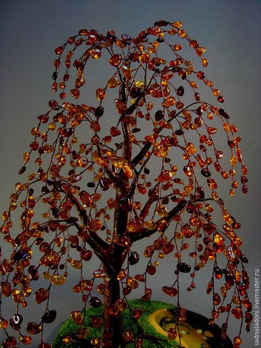 Дерево из натурального янтаря `Солнечные блики`. Авторский дизайн. Авторская ручная работа. Для любителей янтаря. Сад на ладони. Ярмарка мастеров.