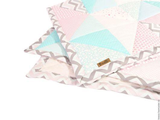 Пледы и одеяла ручной работы. Ярмарка Мастеров - ручная работа. Купить Нежное лоскутное одеяло для девочки. Handmade. Бледно-розовый