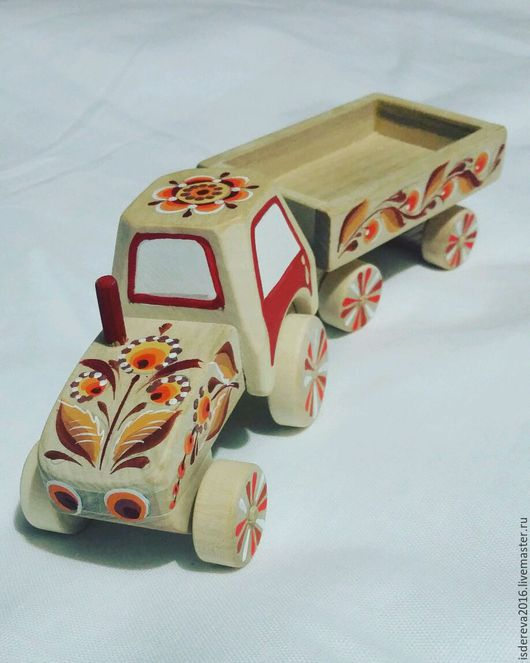 Техника ручной работы. Ярмарка Мастеров - ручная работа. Купить Трактор из дерева. Handmade. Трактор, игрушка для детей, сувениры и подарки