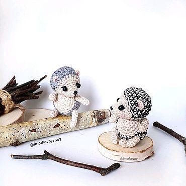 Ежик  игрушка вязаная миниатюра крючком амигуруми hedgehog amigurumi