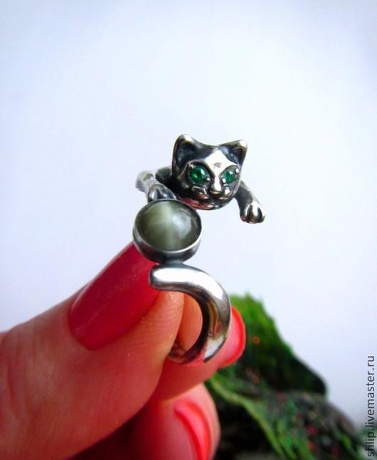 """Кольца ручной работы. Ярмарка Мастеров - ручная работа. Купить Кольцо """"Мяу II """" - цимофан кошачий глаз,фианиты,серебро 925. Handmade."""