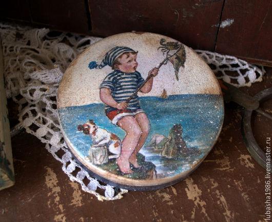"""Шкатулки ручной работы. Ярмарка Мастеров - ручная работа. Купить """" Маленький рыбак"""" бонбоньерка для мармелада. Handmade. Тёмно-синий"""
