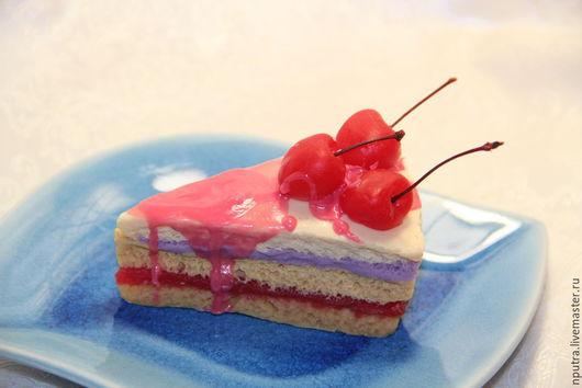 Персональные подарки ручной работы. Ярмарка Мастеров - ручная работа. Купить кусочек торта с вишенками. Handmade. Разноцветный, мыльная основа