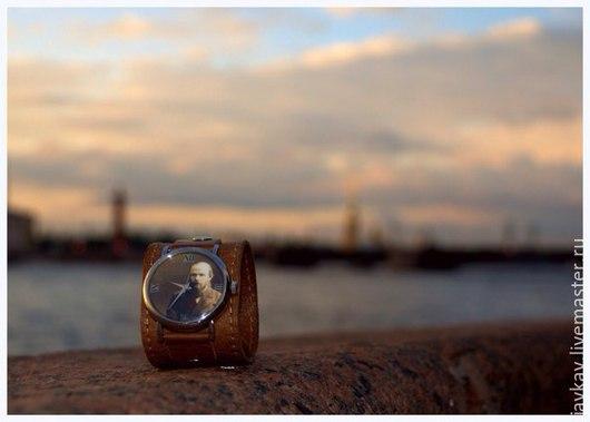 """Часы ручной работы. Ярмарка Мастеров - ручная работа. Купить Часы наручные """"Достоевский Ф.М."""". Handmade. Коричневый"""