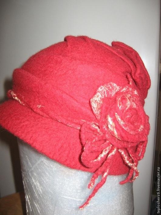 """Шляпы ручной работы. Ярмарка Мастеров - ручная работа. Купить Шляпка """"Цветочная фантазия"""". Handmade. Брусничный, Шляпа валяная"""