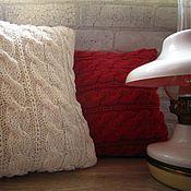 Для дома и интерьера handmade. Livemaster - original item Red/white pillow cover for a throw pillow. Cotton. Handmade.