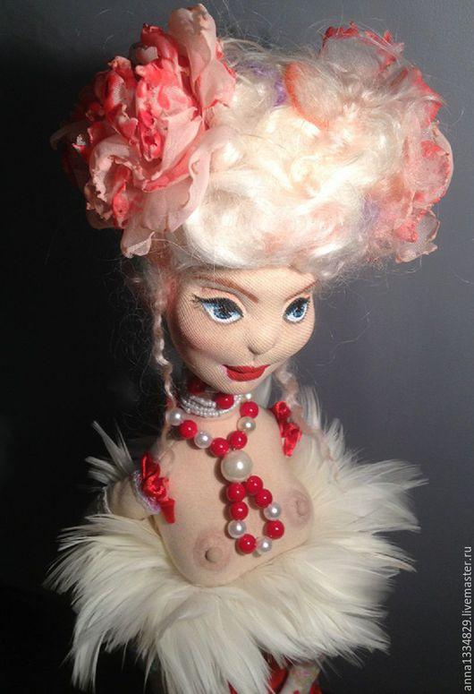 """Коллекционные куклы ручной работы. Ярмарка Мастеров - ручная работа. Купить Интерьерная текстильная кукла ручной работы """"Муза"""". Handmade."""