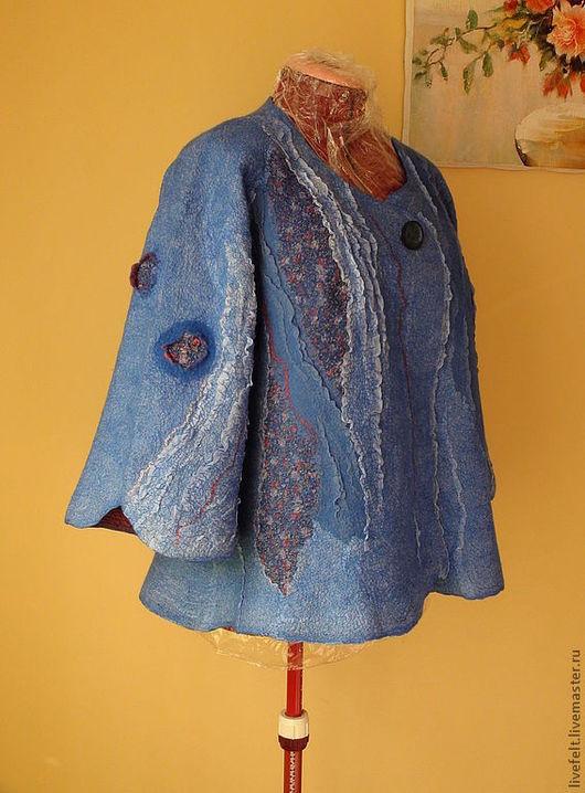 """Пиджаки, жакеты ручной работы. Ярмарка Мастеров - ручная работа. Купить Валяный жакет или курточка """" Розочки """" синий. Handmade."""