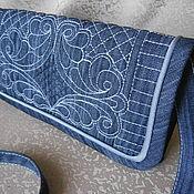 Сумки и аксессуары ручной работы. Ярмарка Мастеров - ручная работа Сумочка-клатч из джинсовой ткани. Handmade.