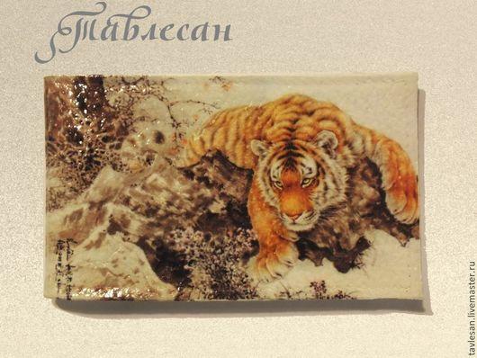 """Кошельки и визитницы ручной работы. Ярмарка Мастеров - ручная работа. Купить Визитница (картхолдер)  """"Тигр, тигр.."""" кожа  на 18 визиток (карт). Handmade."""
