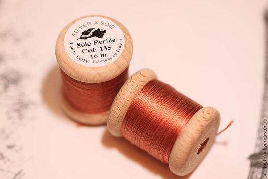 """Нитки """"Soie Perlee"""" (бисерный/жемчужный шелк), Франция 16 м.  № 135 Терракотовый. В наличии 4 шт."""