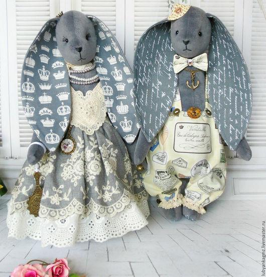 свадебные зайцы. зая. зайчик. пара зайцев. зайцы парой. влюбленные. пара зайчиков. кролики. серый заяц. жених и невеста.Зайчик. красивый зайчик. зайки парой. зайцы к свадьбе. подарок влюбленным.