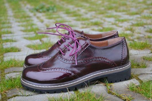 Обувь ручной работы. Ярмарка Мастеров - ручная работа. Купить Оксфорд на треке бордового цвета. Handmade. Бордовый, натуральная кожа