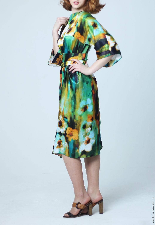 070b4321064 Платье зеленое шёлковое из атласа летнее с цветами – купить в ...