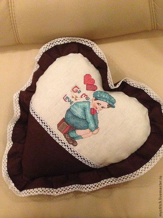"""Подарки для влюбленных ручной работы. Ярмарка Мастеров - ручная работа. Купить Сердечко-подушка """"Для Нее"""". Handmade. Коричневый, винтаж"""