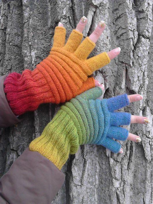 Варежки, митенки, перчатки ручной работы. Ярмарка Мастеров - ручная работа. Купить Митенки с пальцами Радужные. Handmade. Митенки вязаные