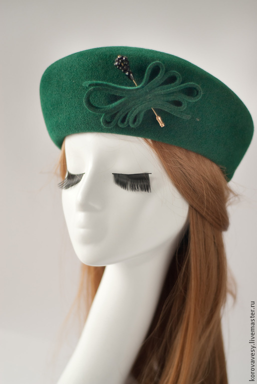 """Шляпы ручной работы. Ярмарка Мастеров - ручная работа. Купить Шляпка-таблетка """"Жаклин"""". Handmade. Зеленый, велюровая шляпка, аристократка"""