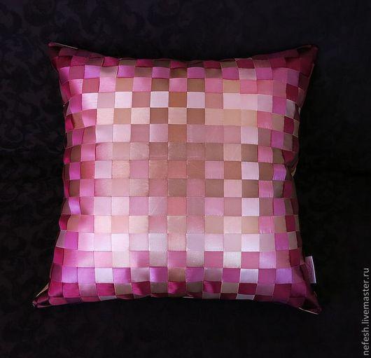 Текстиль, ковры ручной работы. Ярмарка Мастеров - ручная работа. Купить Декоративная подушка Интерьерная подушка Сирень купить. Handmade.