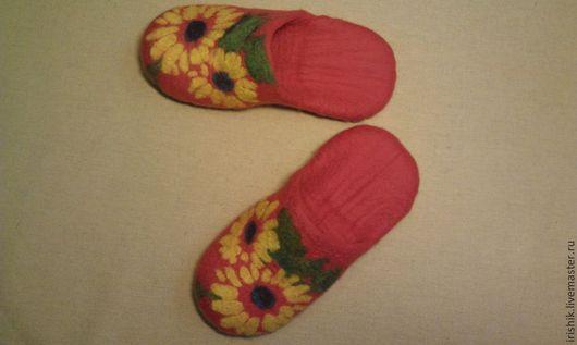 """Обувь ручной работы. Ярмарка Мастеров - ручная работа. Купить Тапочки женские """" СолнУшки-подсолнушки """". Handmade. Рыжий"""