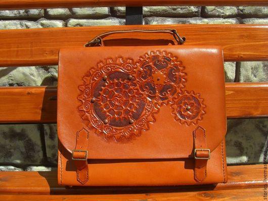 Мужские сумки ручной работы. Ярмарка Мастеров - ручная работа. Купить В наличии Сумка-портфель унисекс из натуральной кожи в стиле стимпанк. Handmade.