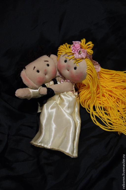 Подарки для влюбленных ручной работы. Ярмарка Мастеров - ручная работа. Купить Текстильные куклы. Handmade. Бежевый, влюбленная парочка, шёлк
