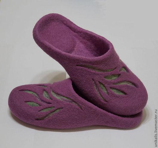 """Обувь ручной работы. Ярмарка Мастеров - ручная работа. Купить Валяные тапочки """"Лиловая трава"""". Handmade. Лиловый, обувь на заказ"""
