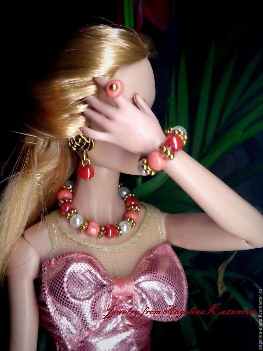 Комплект украшений для кукол `РАДУЖНЫЙ` Вариант второй с серьгами розами. Цена 280,0 Автор Ангелина КАЗАНОВА