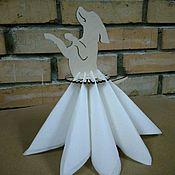 Подарки к праздникам ручной работы. Ярмарка Мастеров - ручная работа Подставка для салфеток Танцующая собачка. Handmade.