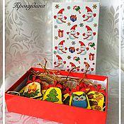 Подарки к праздникам ручной работы. Ярмарка Мастеров - ручная работа Ёлочные украшения из дерева. Handmade.