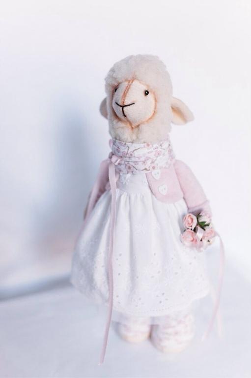 Игрушки животные, ручной работы. Ярмарка Мастеров - ручная работа. Купить Овечка Vita. Handmade. Овечка, овечка в подарок
