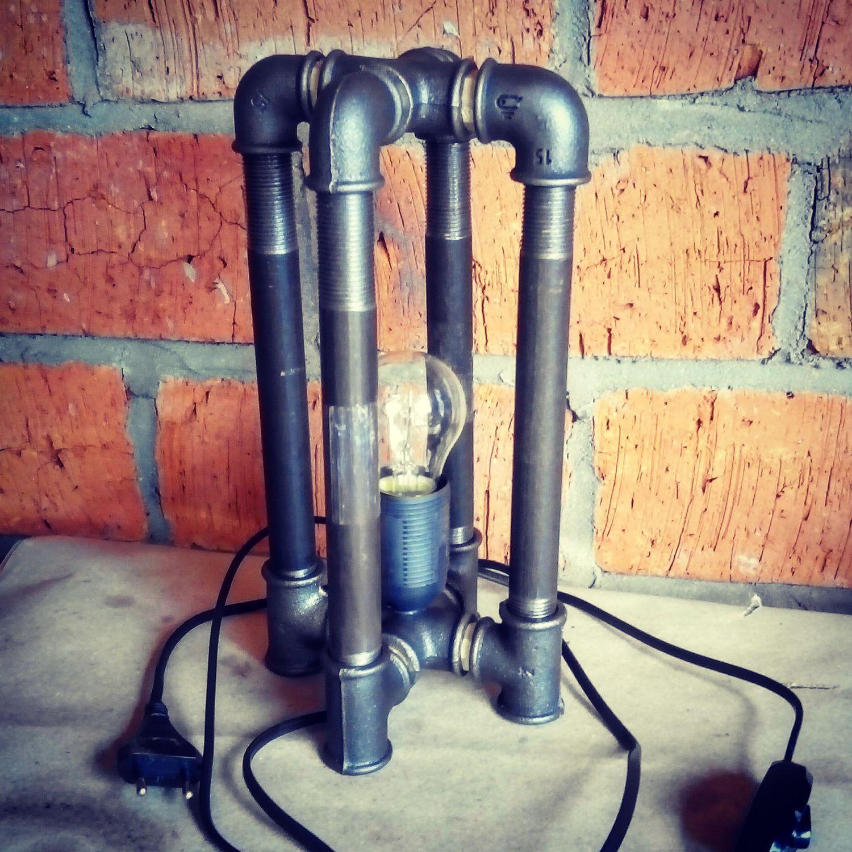 Настольная лампа из труб 143