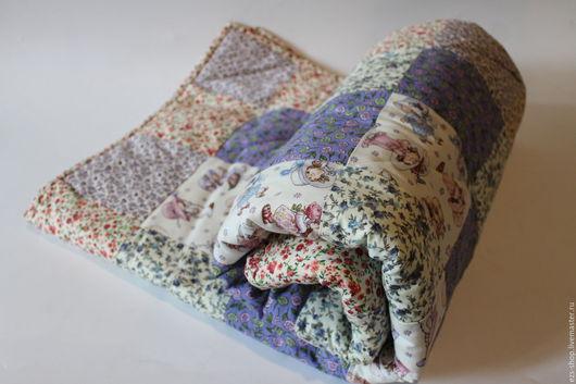 Детская ручной работы. Ярмарка Мастеров - ручная работа. Купить Стеганное лоскутное одеяло. Handmade. Комбинированный, бортики в детскую кровать