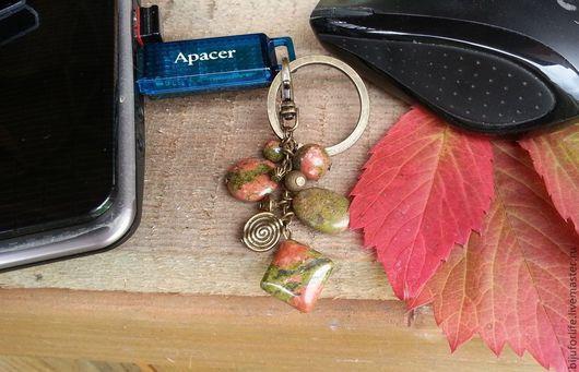 """Компьютерные ручной работы. Ярмарка Мастеров - ручная работа. Купить """"Осенняя геометрия"""" Флешка. Handmade. Зеленый, красный, синий"""