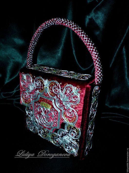 """Женские сумки ручной работы. Ярмарка Мастеров - ручная работа. Купить Сумочка  """"Луи"""" ручная вышивка  золотное шитье. Handmade."""