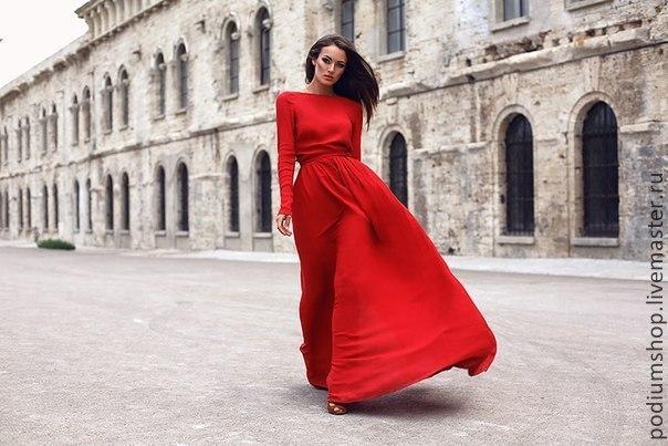 Платья вечернее в пол красное