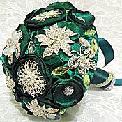 Свадебный салон ручной работы. Ярмарка Мастеров - ручная работа Изумрудный брошь-букет невесты из ткани+ бутоньерка жениха в подарок. Handmade.