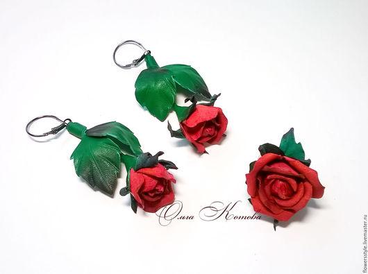 Комплекты украшений ручной работы. Ярмарка Мастеров - ручная работа. Купить Комплект украшений из кожи кольцо и серьги Волшебные розы. Handmade.