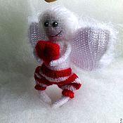 Куклы и игрушки ручной работы. Ярмарка Мастеров - ручная работа Ангелочек )) Влюбленный ангел хранитель с сердцем белый красный Любовь. Handmade.