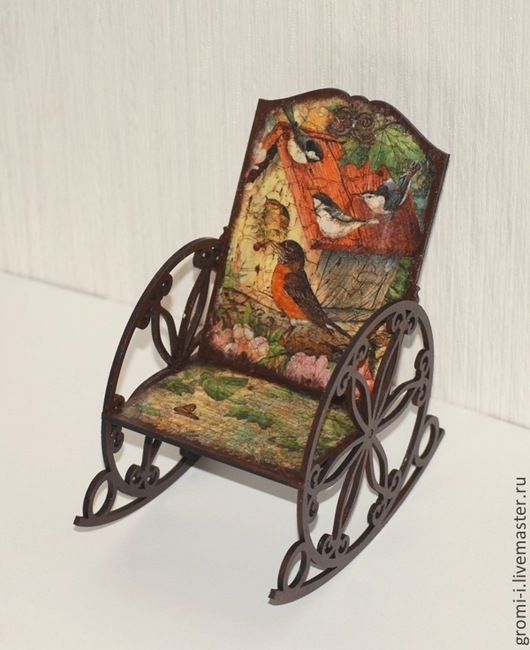 """Кукольный дом ручной работы. Ярмарка Мастеров - ручная работа. Купить Кресло-качалка """"Птички"""". Handmade. КРЕСЛО-КАЧАЛКА"""
