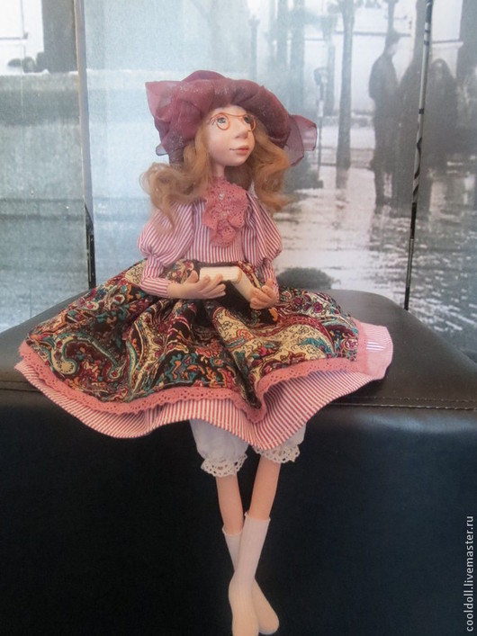 Коллекционные куклы ручной работы. Ярмарка Мастеров - ручная работа. Купить Дора- любительница поэзии. Handmade. Брусничный, книга