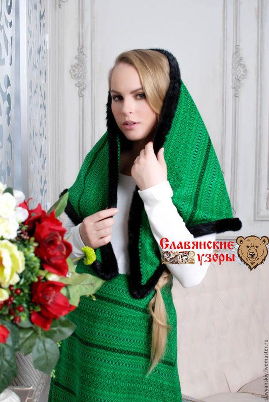 """Шали, палантины ручной работы. Ярмарка Мастеров - ручная работа. Купить Платок """"Изумрудный"""". Handmade. Зеленый, платок, платок на голову"""