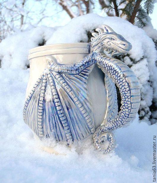 """Кружки и чашки ручной работы. Ярмарка Мастеров - ручная работа. Купить Кружка """" Снежный Дракон"""". Handmade. Голубой, драконы"""